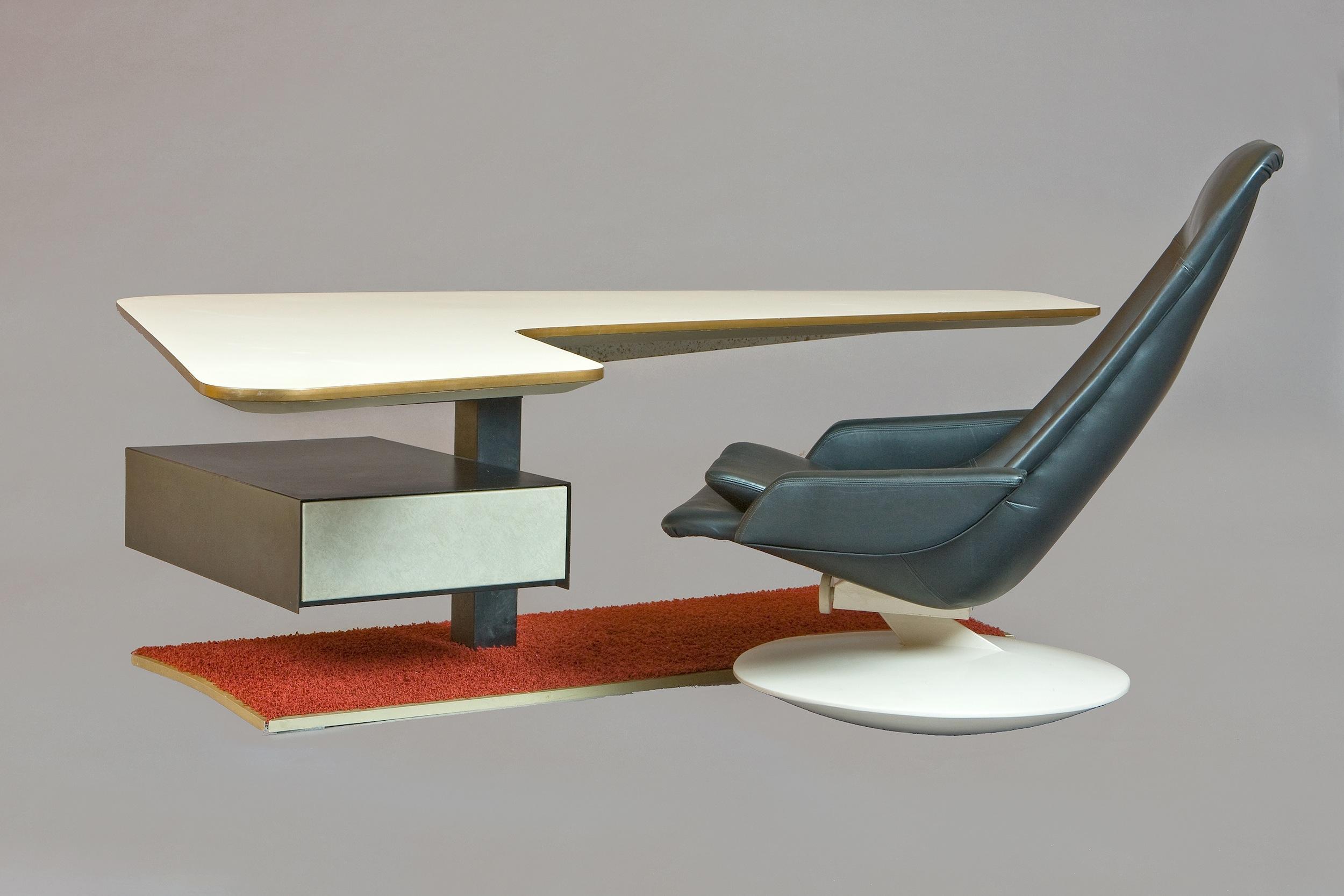 Rare Atomic Age Boomerang Desk And Gemini Leather Armchair